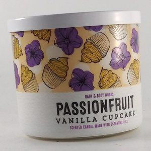 BATH & BODY WORKS / Passion Fruit Vanilla Cupcake
